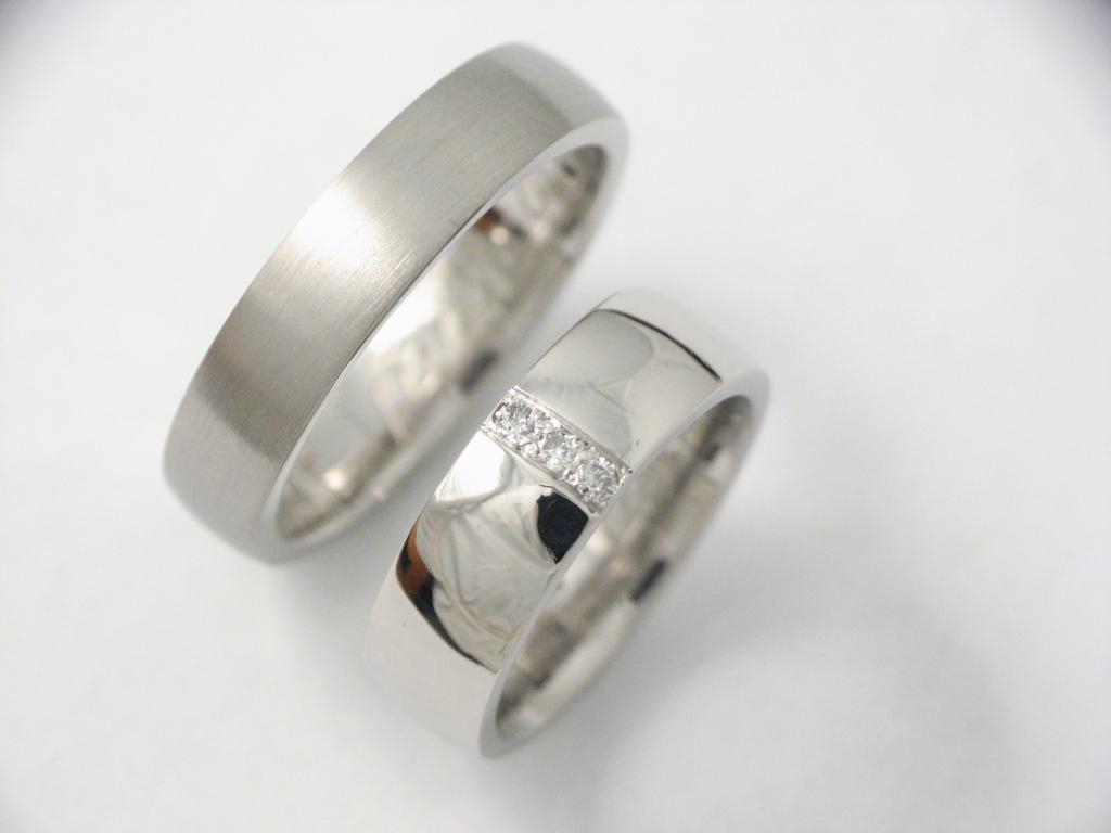 platina karikagyűrű gyémántokkal 003.