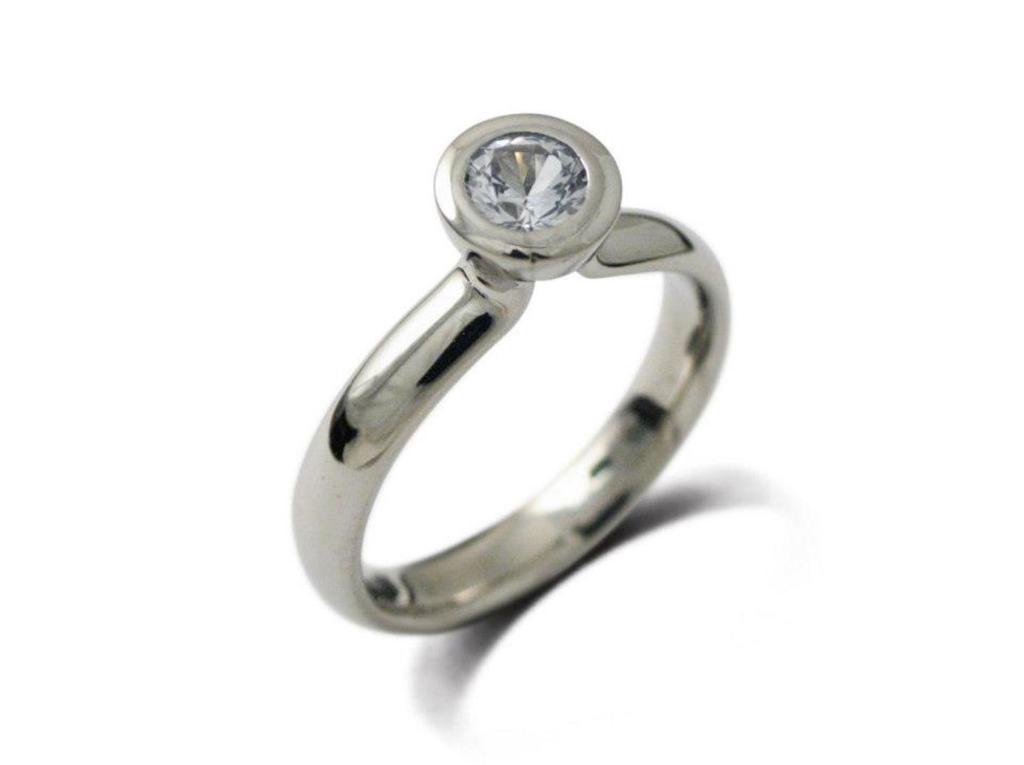 platina jegygyűrű gyémánttal 017.