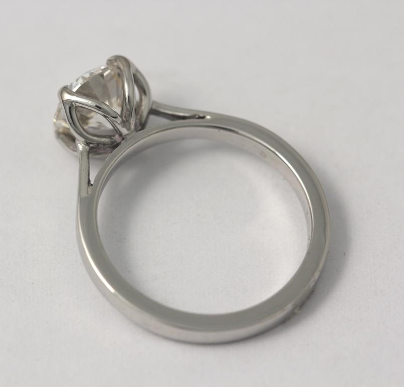 Platina jegygyűrű gyémánttal 023.