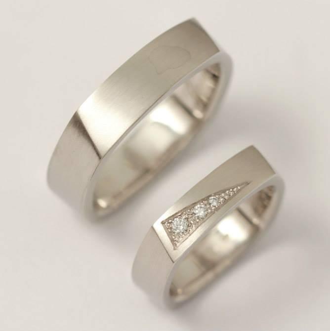 Platina karikagyűrű gyémántokkal 026.