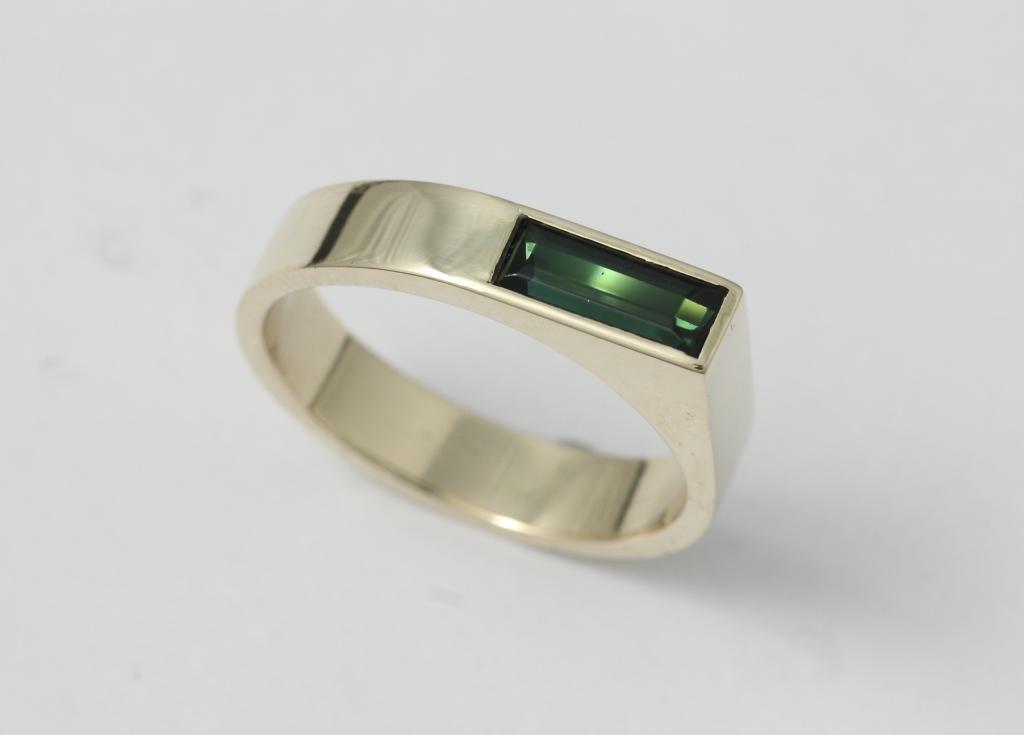 arany gyűrű, turmalinnal 024.