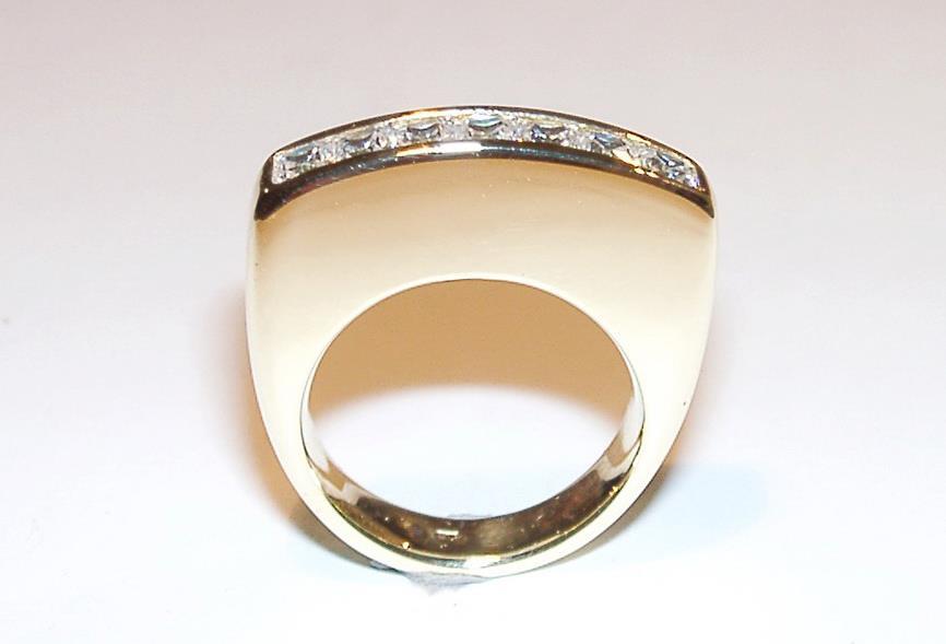 Fehérarany gyűrű gyémántokkal 79.