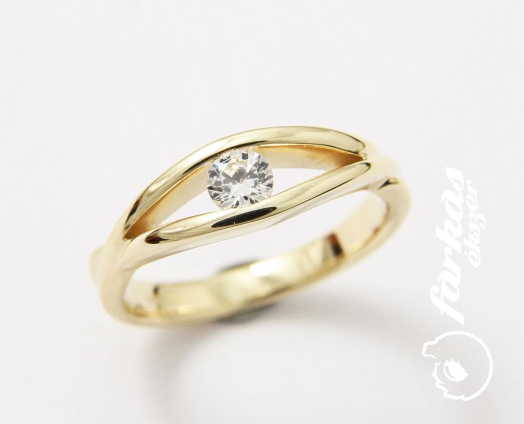 Arany gyűrű gyémánttal 094.