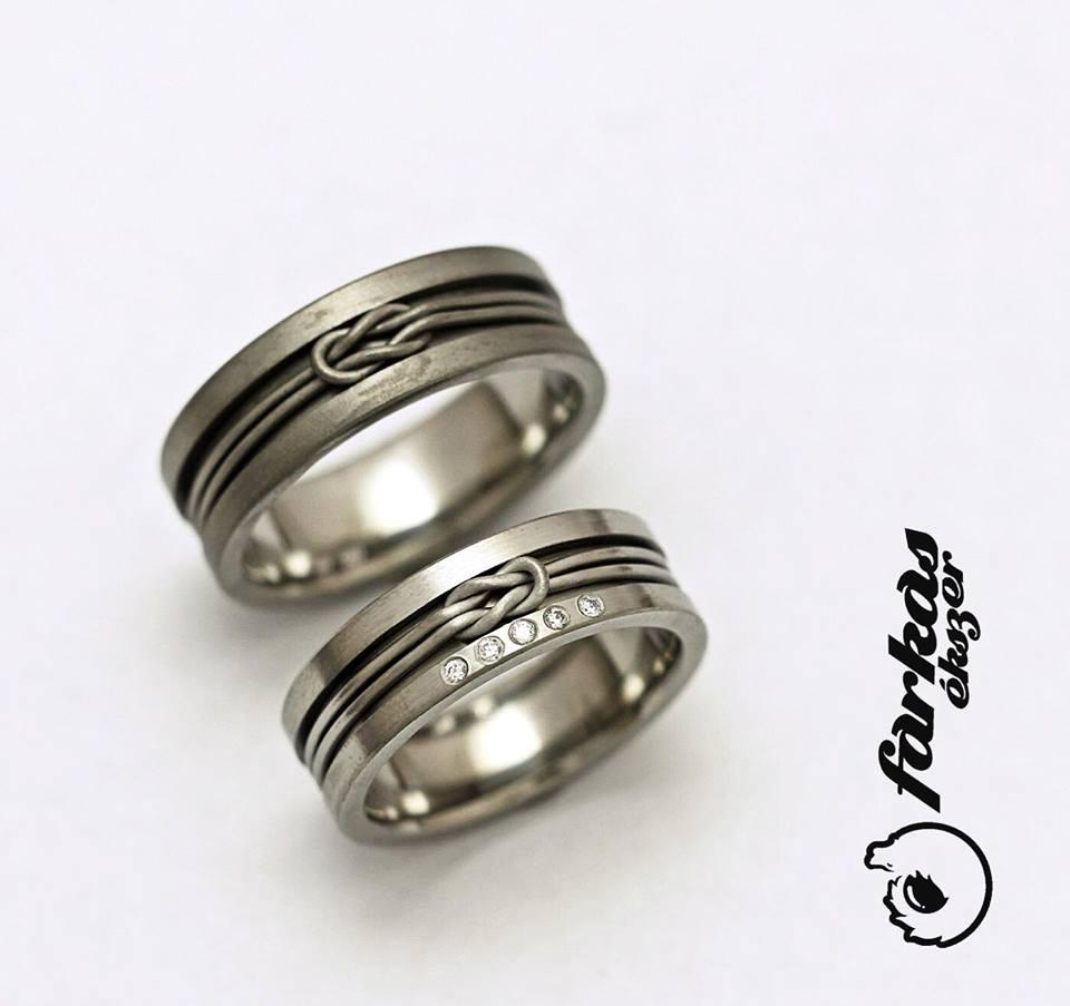 Titán karikagyűrűk gyémántokkal 225.