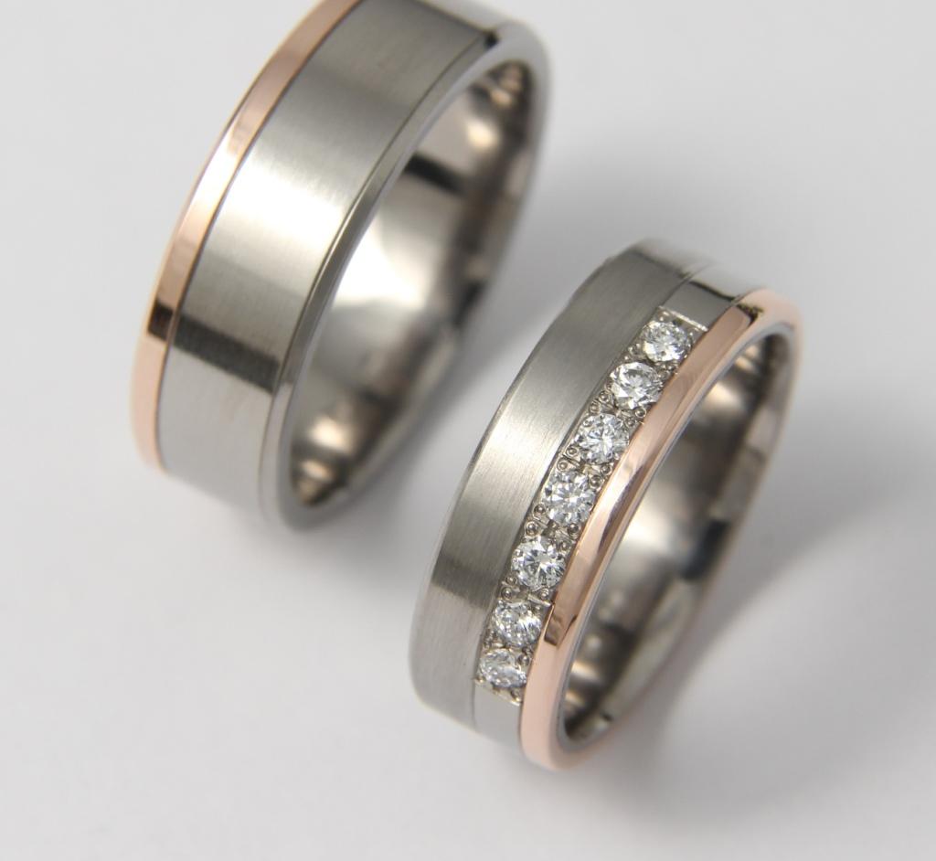 Titán-arany karikagyűrű gyémántokkal 109.