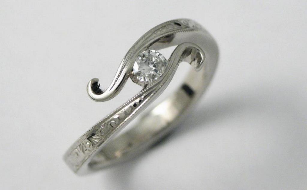 Vésett palládium jegygyűrű, gyémánttal 009.