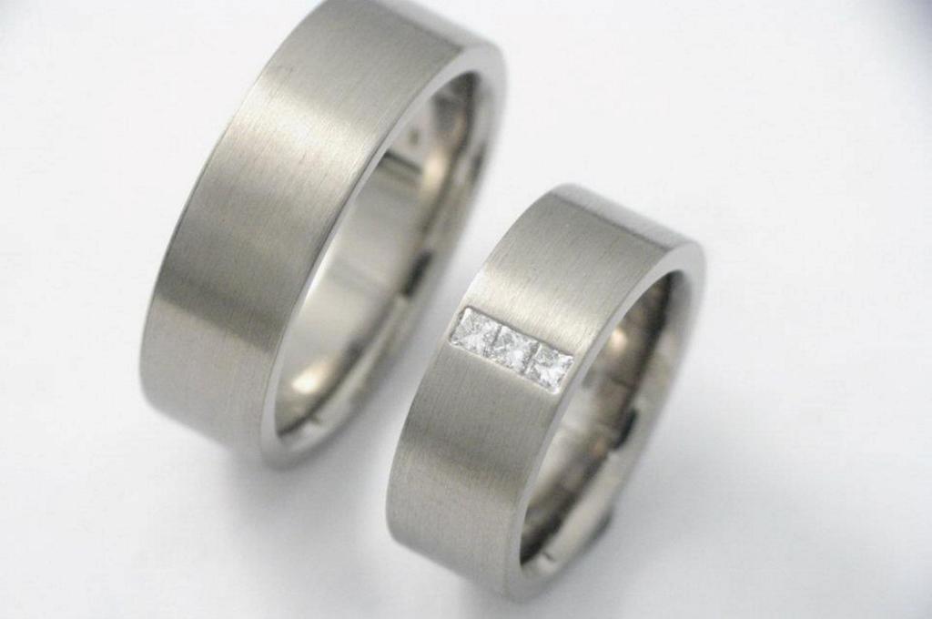 Palládium karikagyűrű gyémántokkal 012.