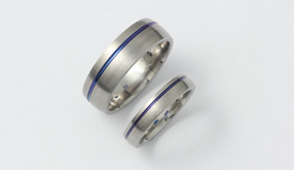 Színes titán karikagyűrű 063.