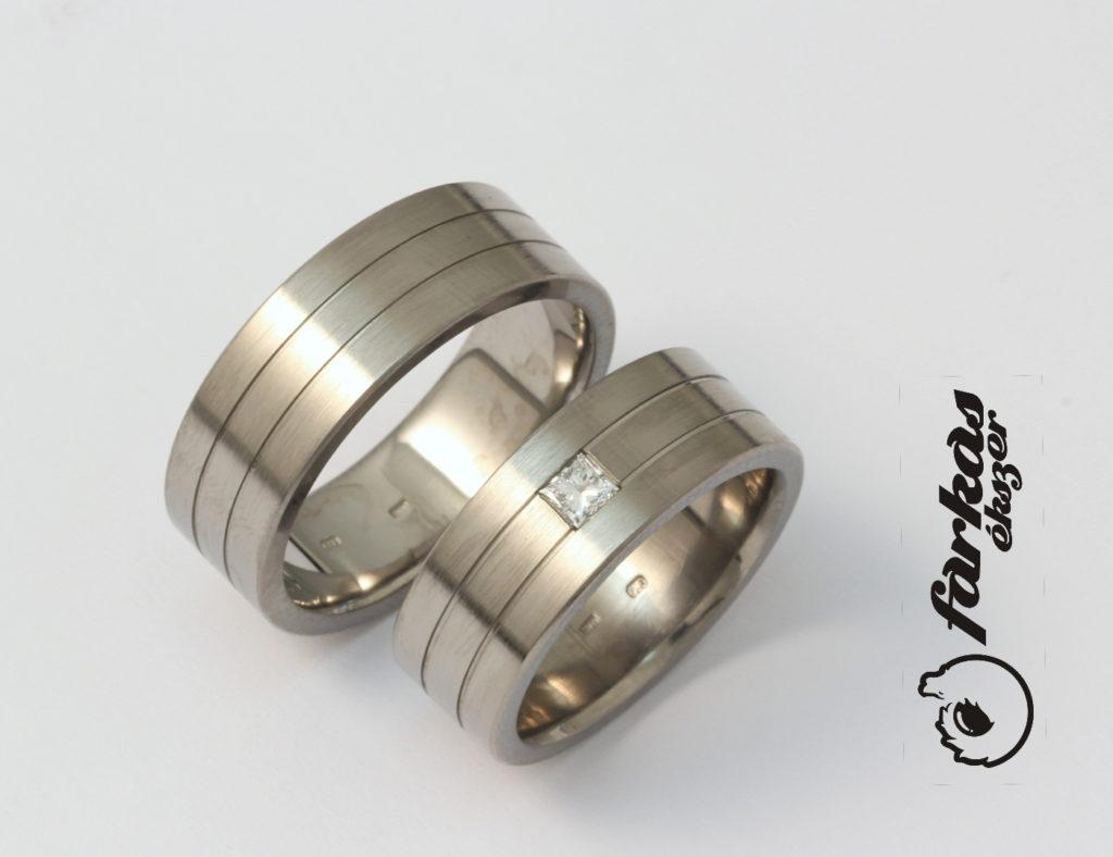 Titán karikagyűrű gyémánttal 213.
