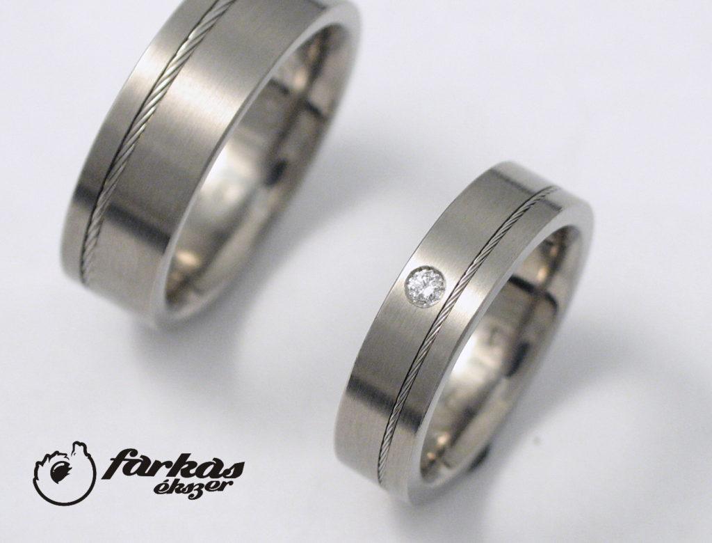 Titán karikagyűrűk acél sodronnyal és gyémánttal 227.