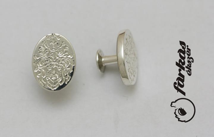 Családi címeres ezüst mandzsettagomb 024.