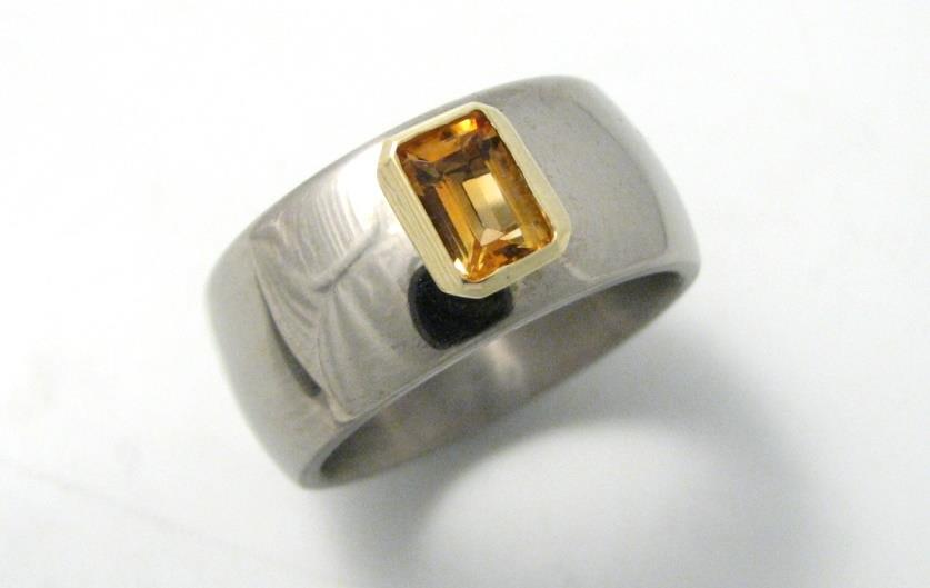 Titán-arany gyűrű citrinnel 096.