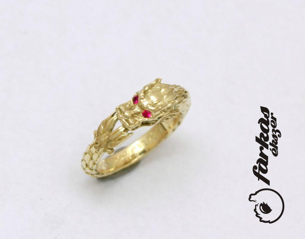 Sárkányos arany gyűrű, rubin kövekkel 113.