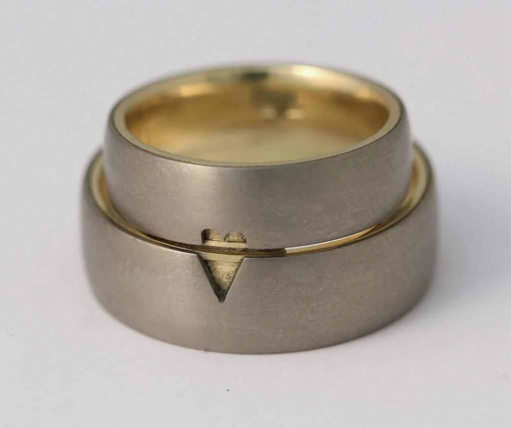 Titán-arany karikagyűrű 128.