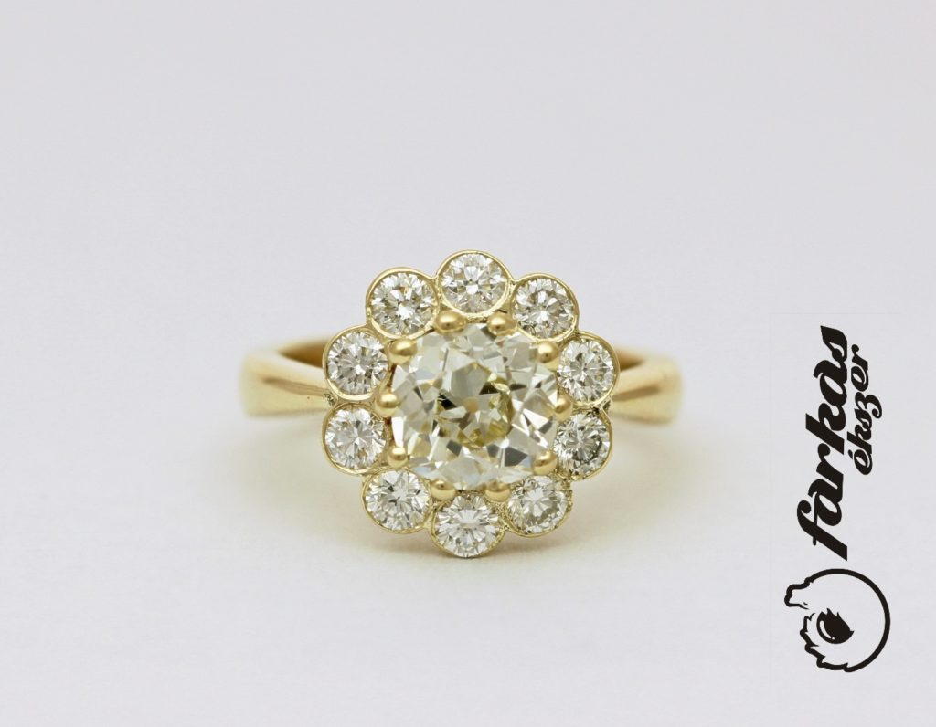 Arany gyűrű gyémántokkal 119.