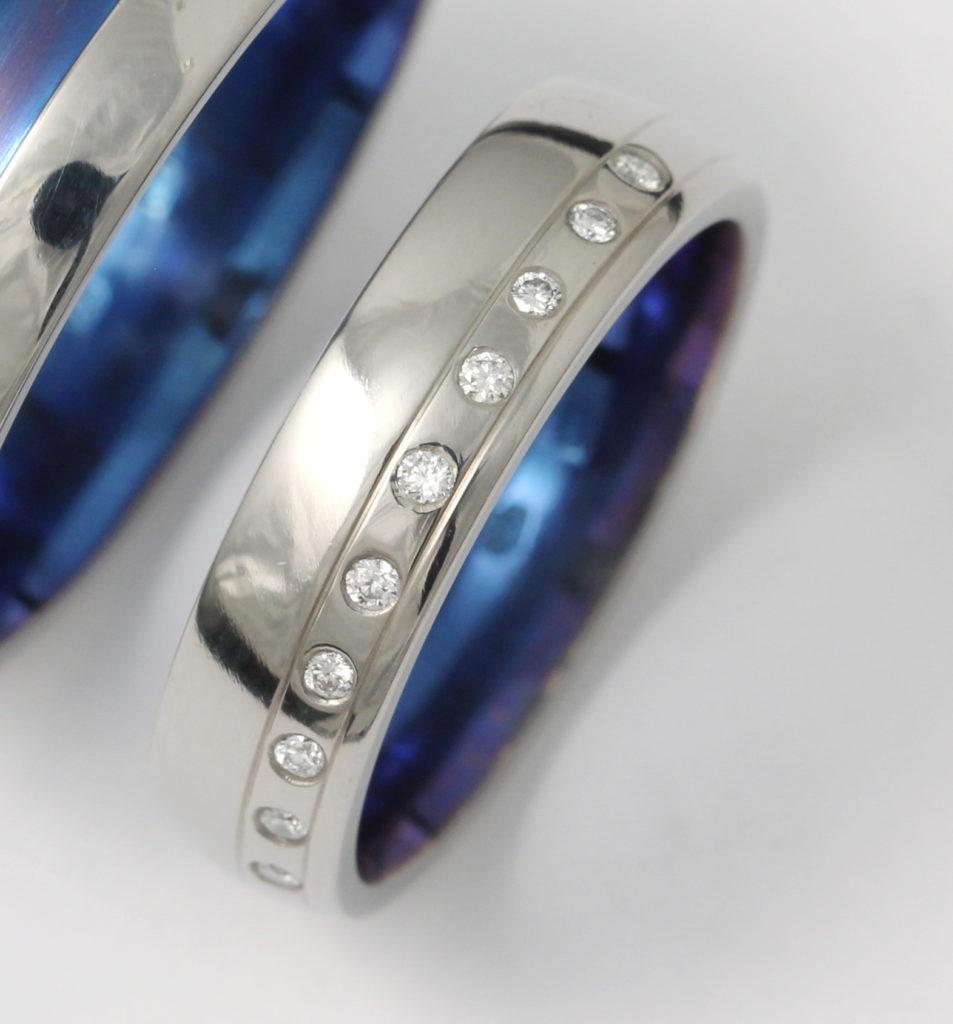 Titán karikagyűrű gyémántokkal 093.