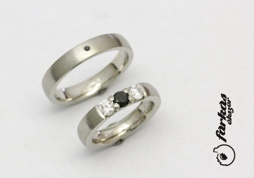 Platina karikagyűrű fekete és fehér gyémántokkal 055.