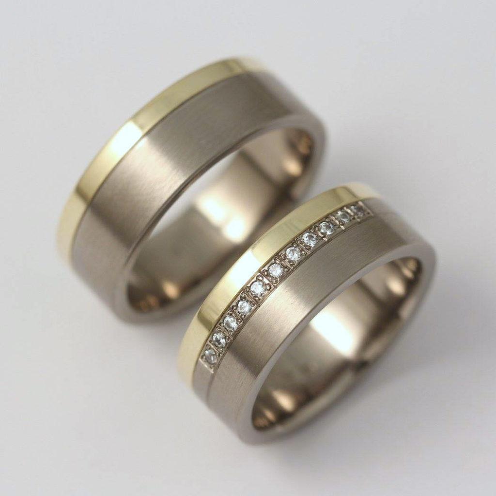 Titán-arany karikagyűrű, gyémántokkal 276.