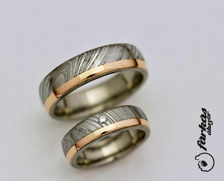 Damaszkuszi acél-arany-titán karikagyűrűk gyémánttal 290.