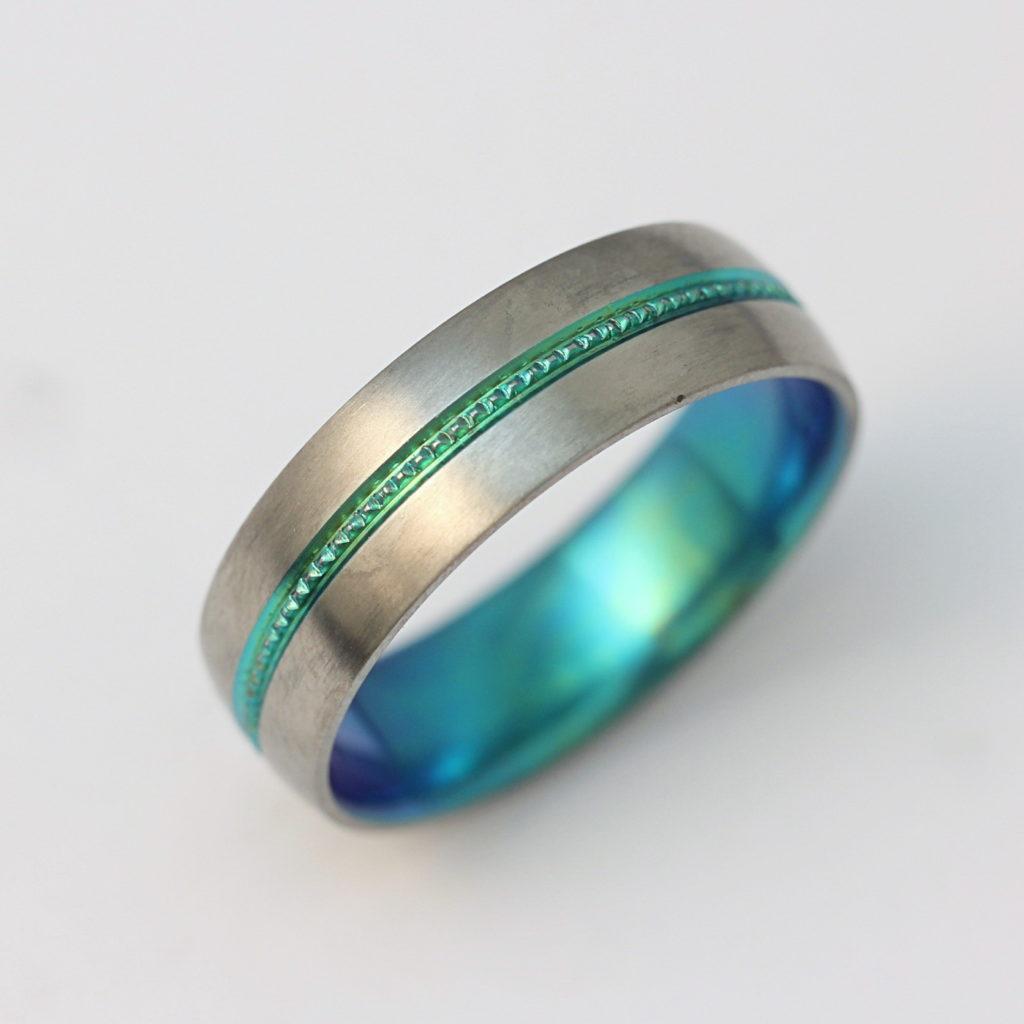 Színes (oxidált) titán gyűrű 145.