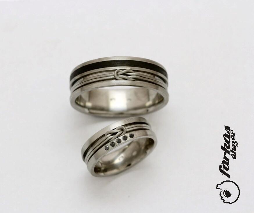 Fekete karbon-titán karikagyűrűk fekete gyémántokkal 003.