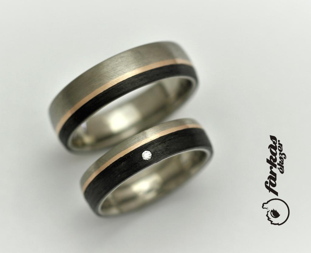 Fekete karbon-vörös arany-titán karikagyűrűk gyémánttal 038.