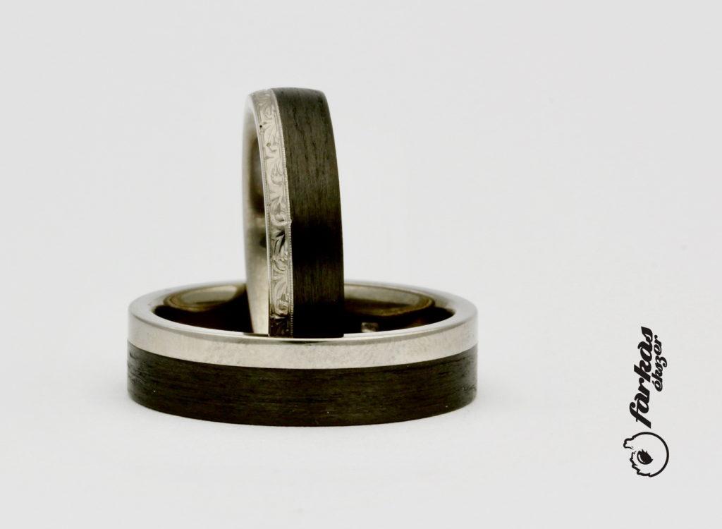 Vésett titán-fekete karbon karikagyűrűk T310.