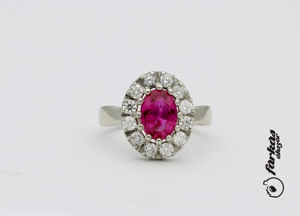 Platina gyűrű rubinnal és gyémántokkal  P059.