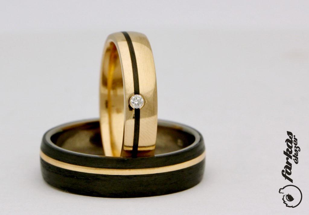 Fekete karbon-vörös arany karikagyűrűk gyémántokkal K061.
