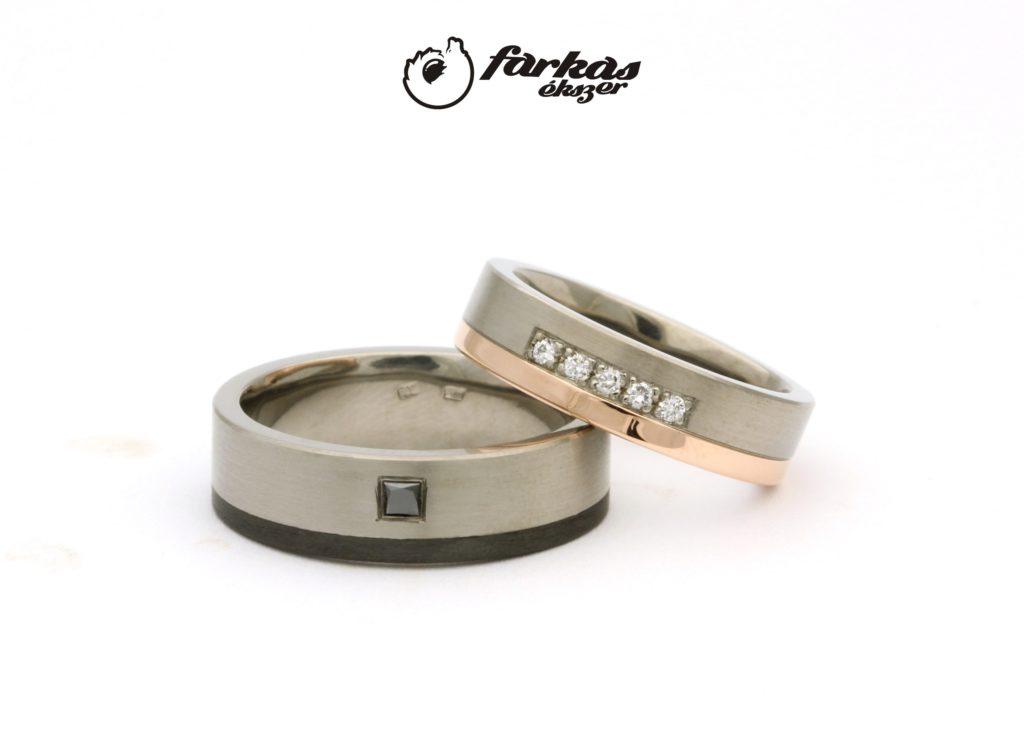Titán-karbon és titán-arany karikagyűrűk gyémántokkal T313.