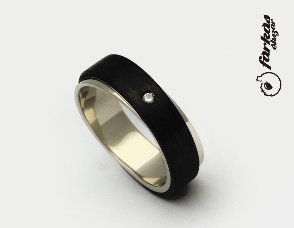 Fekete karbon-fehér arany gyűrű, gyémánttal K062.