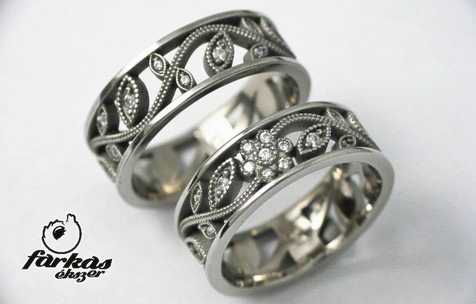 Titán karikagyűrűk gyémántokkal T319.