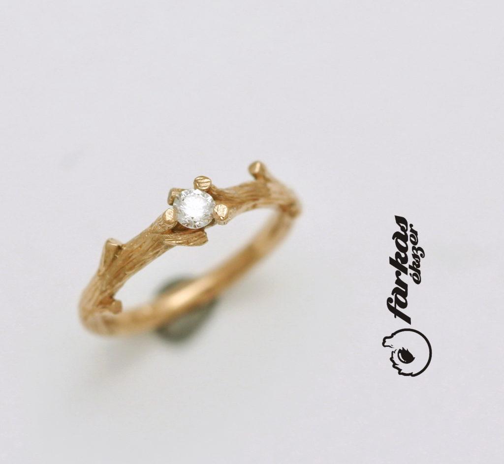 Vörös arany gyűrű gyémánttal 129/a.